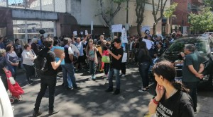 Manifestacion frente a Edenor