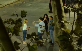 Haz lo que digo pero no lo que hago: Gustavo Posse fue cuestionado por sacarse fotos en la vía pública en plena cuarentena