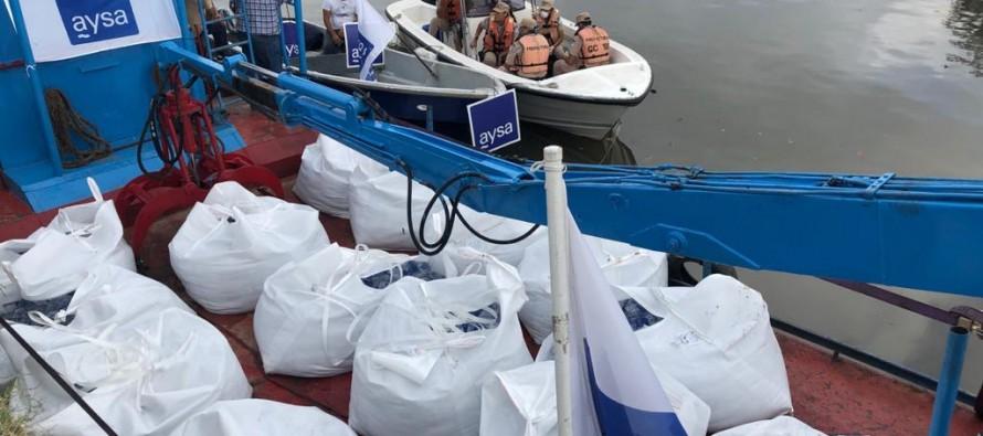 Coronavirus: AySA distribuye agua potable en el Delta