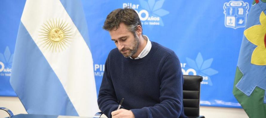 Pilar: Achával firmó un decreto que establece multas a empresas que no informen ante casos de Covid-19