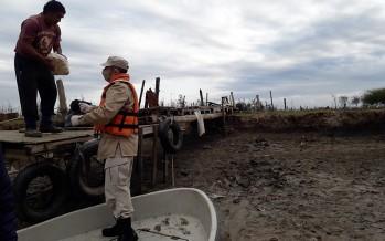 La Prefectura colabora con la asistencia a familias en el delta del Paraná