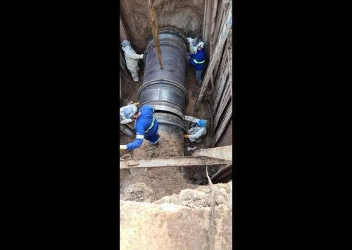 AySA finalizó la reparación de la mega cañería de agua de Carapachay