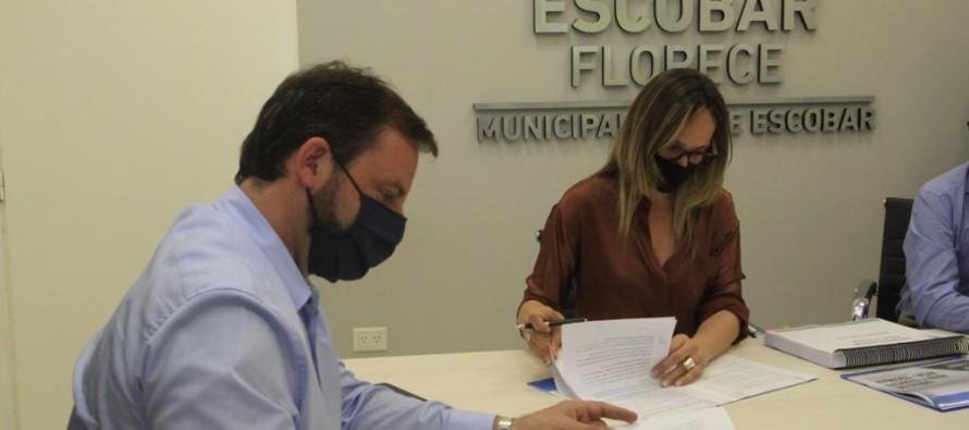 Malena Galmarini y Ariel Sujarchuk recorrieron un acueducto en Escobar