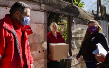Operativo para asistir a familias del barrio Garrote
